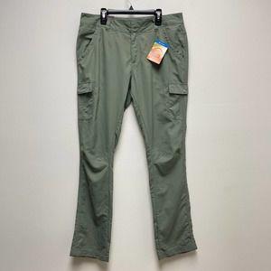 Columbia Omni Shade Women's Straight Legs Pants 10